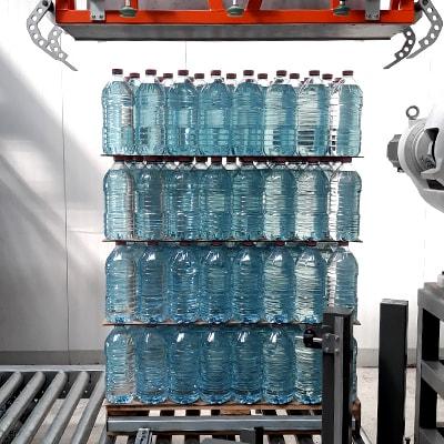 Paletyzacja pełnych butelek