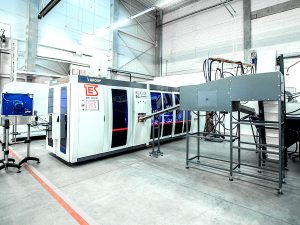 BLUE LINE SERIES PET BOTTLES MACHINE BLOW MOLDING 7