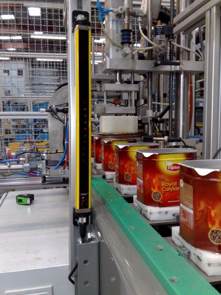 Lipton Cans Line